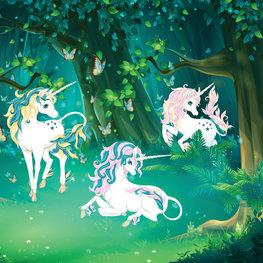 Eenhoorn behang In het bos