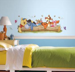 Winnie the Pooh maxi muursticker boomstam