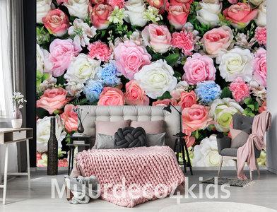 Kleurrijke bloemen vlies behang
